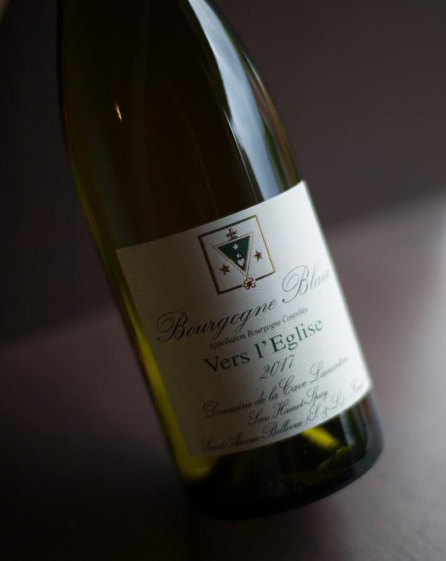 Bourgogne-blanc-vers-l'egise-domaine-hamet-spay